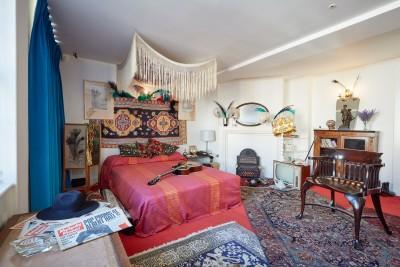 Hendrix Room 01
