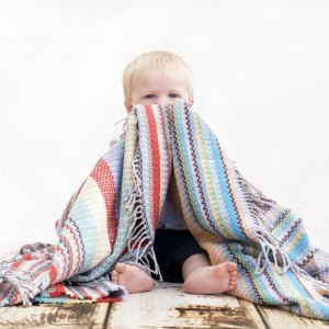 Baby with baby blanket-01